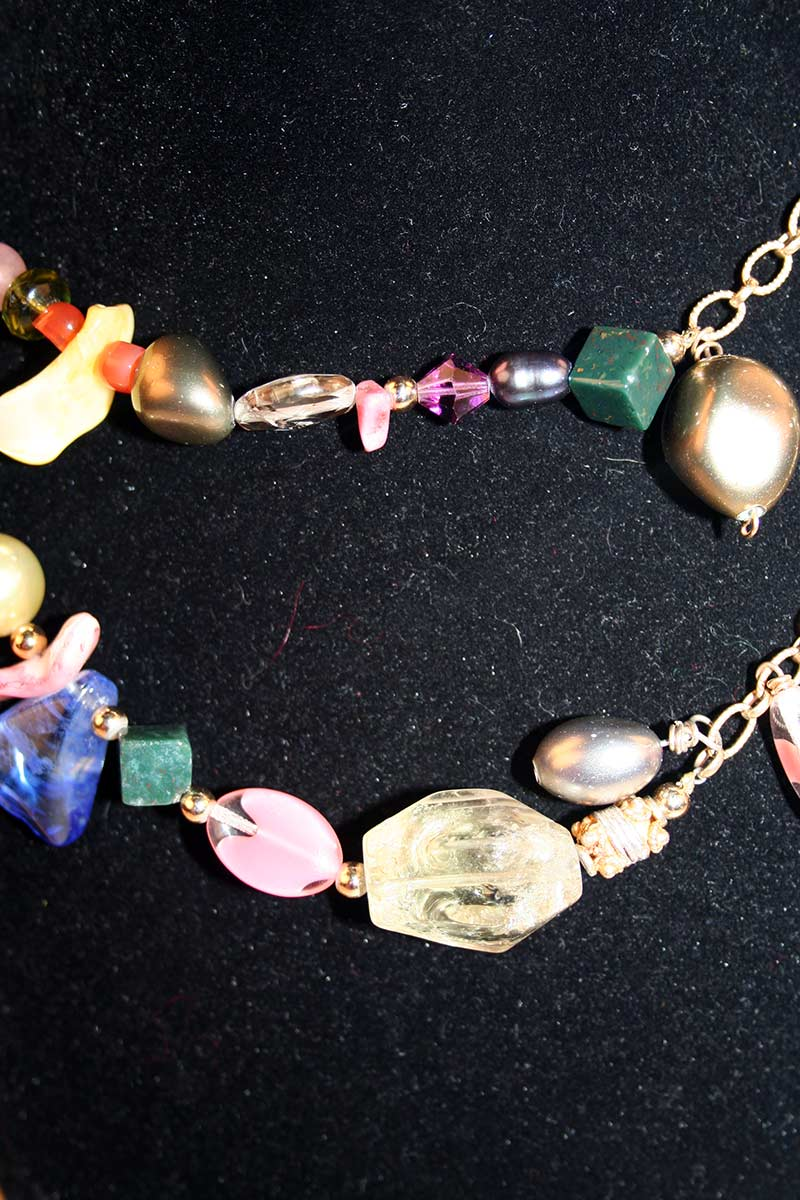 Lariat With Multi-Colored Beads