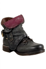 Simon Women's Motorcycle Boot in Smoke
