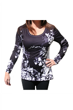 Long Sleeve Flower Top With Scoop Neck in Black