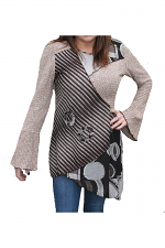 Knitted Top With Bell Sleeves in Brown