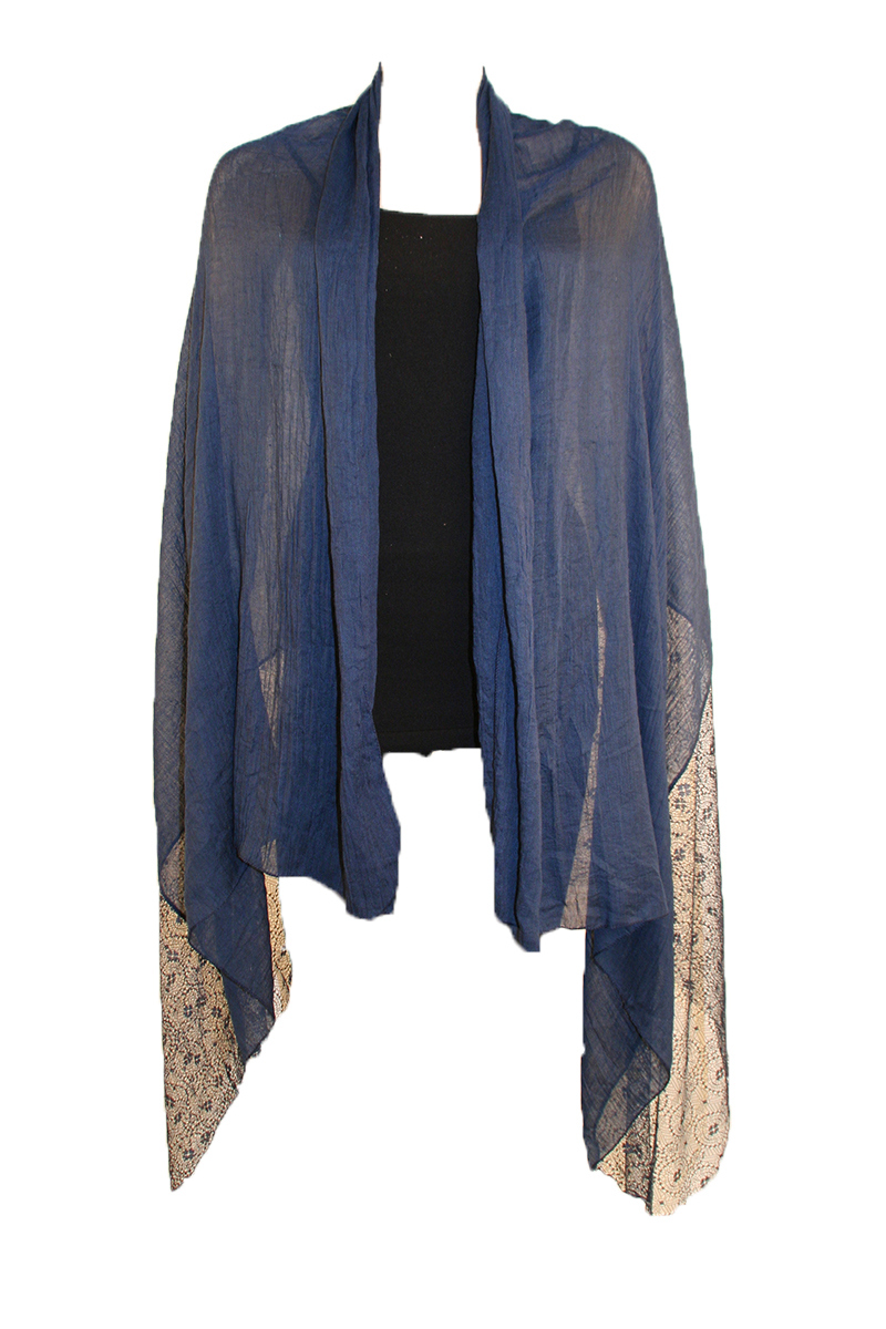 SHAWL WITH LACE IN NAVY