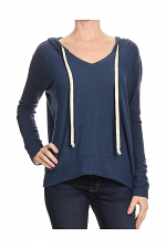 Tiger Brush V-Neck Pullover Top in Navy